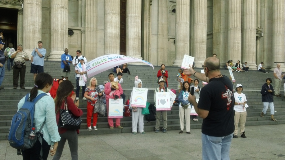 Tony preaching in front of St. Paul's Cathedral as Vegans proselytized their idolatry.