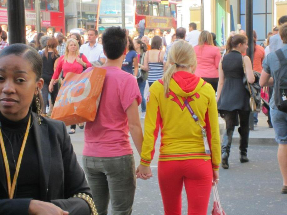 This lesbian couple showed their disdain for God's Word by making out before crossing the street.