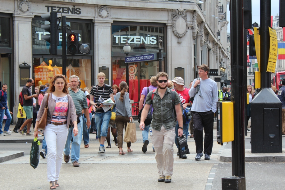 Arriving to the scene of Oxford Circus after leaving Leicester Square.